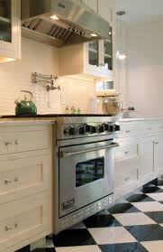 White Subway Tile Backsplash Ideas by Kitchen Best 25 Kitchen Backsplash Ideas On Pinterest White Subway