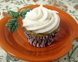 pumpkin cupcakes with apple butter buttercream plain chicken