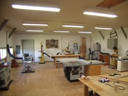 Garage And Shop Plans by Best 25 Woodworking Shop Layout Ideas On Pinterest Workshop