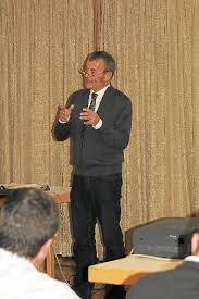 Der Handels- und Gewerbeverein Loßburg hatte den Dozenten Hartmut Haug zu einem Workshop ins Loßburger Bürgerhaus eingeladen. Haug referierte über das Thema ... - media.media.9acadf2a-dbcb-4f2f-b8b8-ac8ec5bb5d9f.normalized