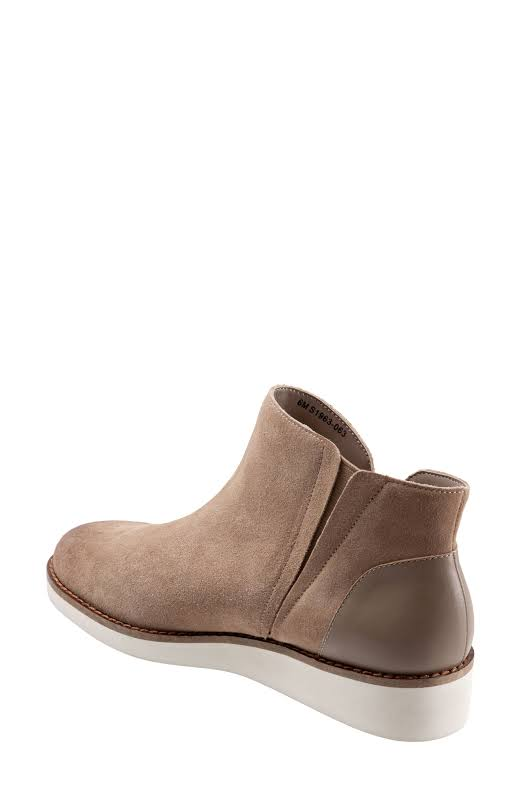 SoftWalk Wesley Ankle Bootie, Adult,