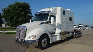 kenworth semi trucks kenworth t680 ari legacy sleepers