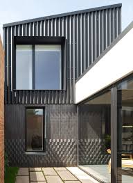 L Shaped Towhnome Courtyards Dallas Pierce Quintero U0027s Small London Home Arranged Around Courtyards