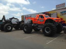 bigfoot king of the monster trucks verdad s big ticket king minnesota metrodome jam s bigfoot monster