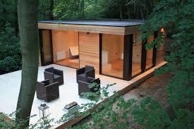 Backyard Office Prefab by Triyae Com U003d Modern Backyard Studio Various Design Inspiration