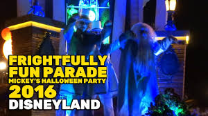 pre halloween party frightfully fun parade new full first performance at mickey u0027s