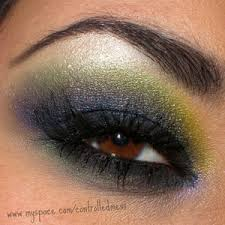 Idée de maquillage - Page 9 Images?q=tbn:ANd9GcT1-Rc8260vmR8YCaqDGmbKhXGTSzEVGYyjoFFPdvze8LPKsPEv