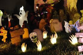halloween decorations skeletons 2014 cool outdoor halloween decorations featuring skull and