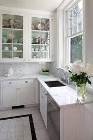 Beautiful Kitchen Backsplash Ideas Hative - Carrara tile backsplash