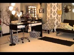 Light Up Makeup Mirror Furniture U0026 Rug Fancy Makeup Vanity Table With Lighted Mirror For