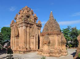 MARBLE MOUNTAINS & CHAM MUSEUM FULL DAY TOUR