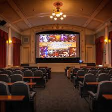 Cottage Grove Theater by Grand Lodge Hotel Mcmenamins