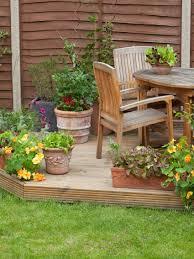 Small Rock Garden Pictures by Lendro Plan Garden Landscaping Ideas Pebbles Here Small Design