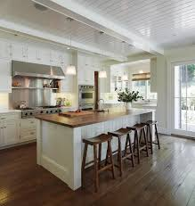 long island paneling for a traditional kitchen with a tolix bar