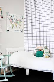 Bedroom Wall Gets Wet 25 Awesome Rooms That Inspire You To Try Out Geometric Wallpaper