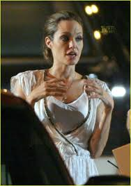 angelina jolie wanted car 05