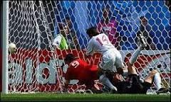 Turquia vence China por 3 a 0 em Seul | BBC Brasil | BBC World ...