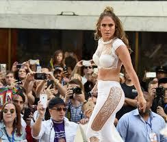 Pitbull has a boner while Jennifer Lopez shaking her ass