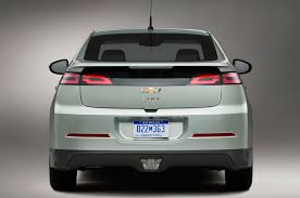 nissan leaf vs chevy bolt totd at what price would you buy a chevrolet volt