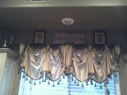 Tuscan Kitchen Curtains Valances by 22 Best Swag Window Treatments Images On Pinterest Window