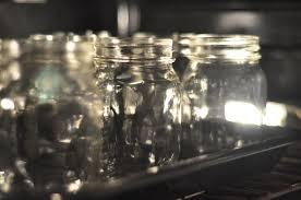 Πως αποστειρώνω γυάλινα βάζα; Images?q=tbn:ANd9GcTDHCiywrywMgx09pK0_3lrG99RshYsD8iV88hsG_wuXrT3m2MwAA