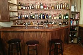 Wine Bar Decorating Ideas Home by 15 Astonishing Traditional Home Bars For Your Daily Inspiration