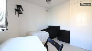 rooms to rent in flat by university in tower hamlets london