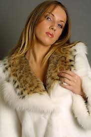 Почему женщин завораживает мех? Images?q=tbn:ANd9GcTGrth4djepT7ZSUUbnamwvvivW3ZGgCdhoPIJlCGyQv2-NCS7b9Q