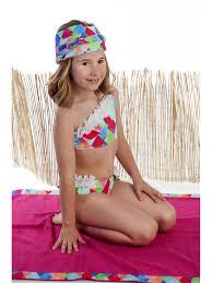 nina culetin|Blog de moda y tendencias de baño infantil - Erreqerre