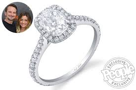 neil lane engagement rings bachelor in paradise u0027s evan bass gives carly waddell new