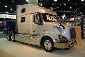 american volvo trucks photo gallery volvo trucks at mats 2015 fleet owner