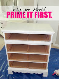 White Shiny Bedroom Furniture Livelovediy How To Paint Laminate Furniture In 3 Easy Steps
