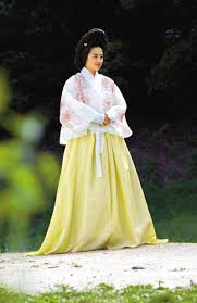 korean haristyle and hanbok Images?q=tbn:ANd9GcTKF2xjEWyReD_l3UyzNmAIA_Xee9Jw_JQAWiYVyGeh2OwCYWMZ