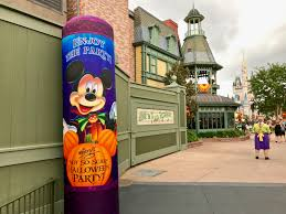 mickeys not so scary halloween party 2017 mouseplanet walt disney world resort update for august 29