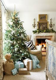 Christmas Home Decorations Pictures 1230 Best In The Christmas Spirit Images On Pinterest Christmas