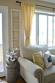 4 ways to decorate with old windows rustic farmhouse farmhouse