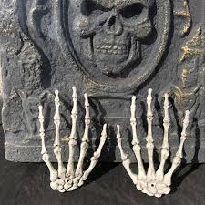 Life Size Skeleton Halloween by 2pcs Halloween Human Skeleton Hands Left U0026right Life Size Horror