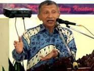 FOTO VIDEO NAZARUDDIN MUNDUR DARI DEMOKRAT 2011Amien Rais: Nazaruddin Sebaiknya Mundur dari Demokrat 2011