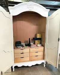 Reading Nook Furniture by Diy Narnia Wardrobe Reading Nook Bless U0027er House