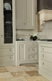 Custom Kitchen Cabinets Toronto by Best 25 Custom Kitchen Cabinets Ideas On Pinterest Custom