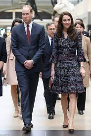 kate middleton and prince william continue paris tour daily mail