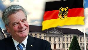 Mittlerweile haben sich die Parteien mit drei Buchstaben auf <b>Joachim Gauck</b> <b>...</b> - joachim-gauck-620