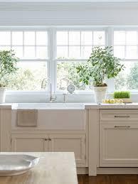 Enamel Kitchen Cabinets by Best 25 Off White Kitchen Cabinets Ideas On Pinterest Off White