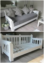 Cute Daybeds Pallets Day Bed Wood Pallets Pallets And Guest Houses