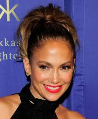 should we go ahead and give jennifer lopez the award for sexiest