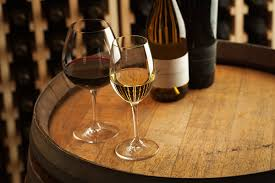 Dating Etiquette for Your First Dinner Date Dating Etiquette Ordering Wine