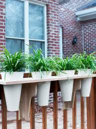 6 simple garden projects to tackle this fall hgtv u0027s decorating