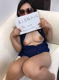 無修正素人投稿|素人投稿おまんこ画像 | 素人の女性の裸とオマンコ写真を見て ...