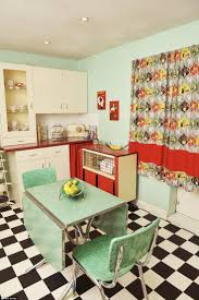 Retro Kitchens Best 25 1950s Kitchen Ideas On Pinterest 1950s Decor Retro