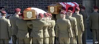 BBC Brasil - Notícias - Presidente polonês é enterrado em Cracóvia